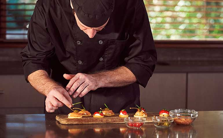 10 qualities of a successful chef